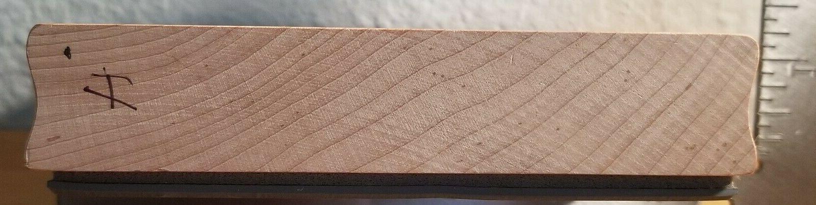 Magenta 26016R Medallion Petals Leaves Frame